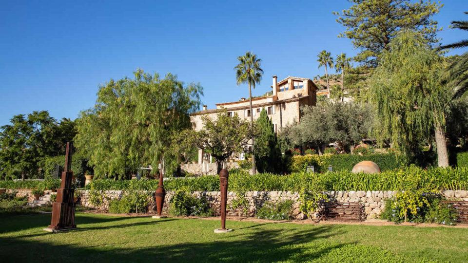 Sculpture Garden - Experiencias Únicas - Essentially Mallorca