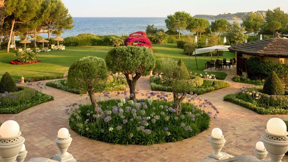 St Regis Mardavall - Alojamientos - Essentially Mallorca